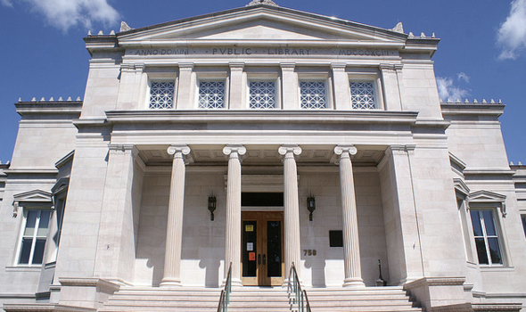 James_blackstone_memorial_library_