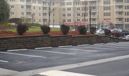 Deerfield_parking_and_wall_010