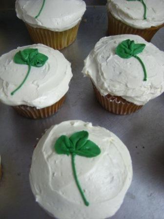 Shamrock_cupcakes