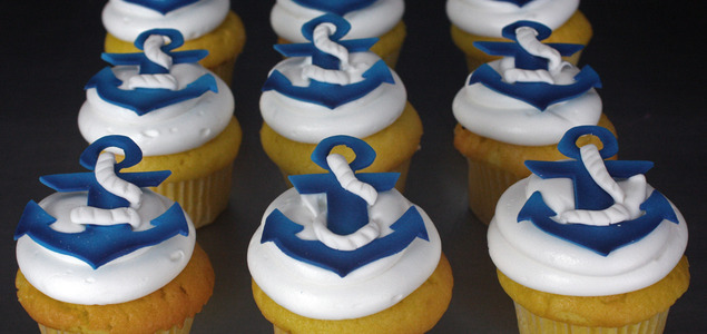 W-anchor-cupcakes