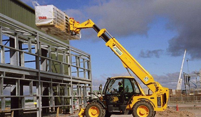 L._construction_equipment_forklift_telehandler_loader_