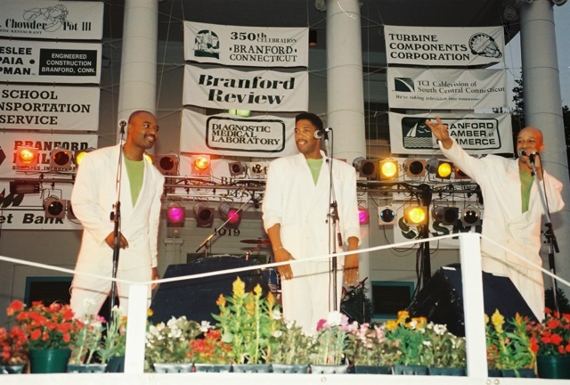 1994_motownreview01