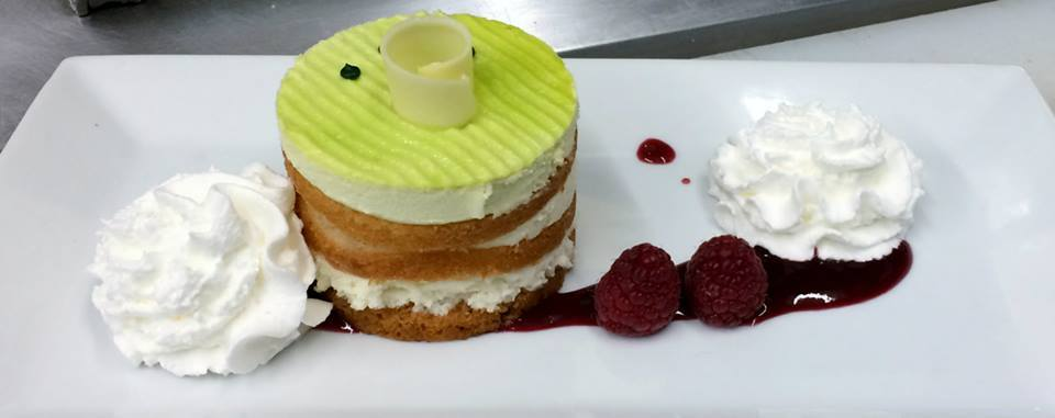 Key_lime_white_chocolate_layered_tart