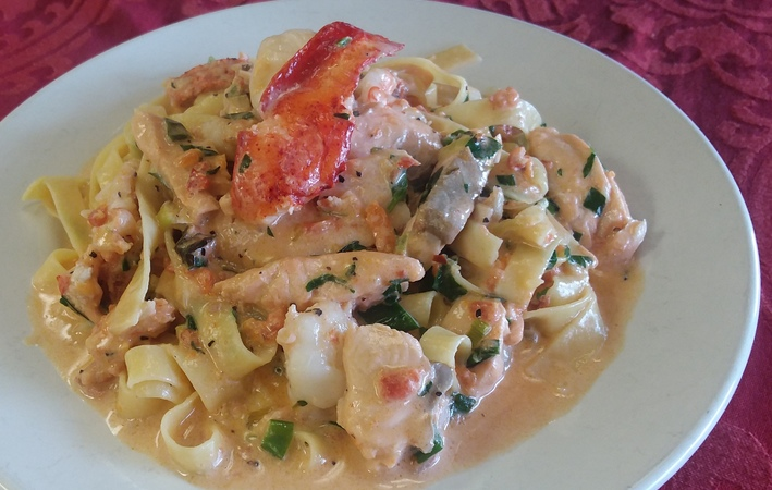 Lobster_shrimp_salmon_fettuccine