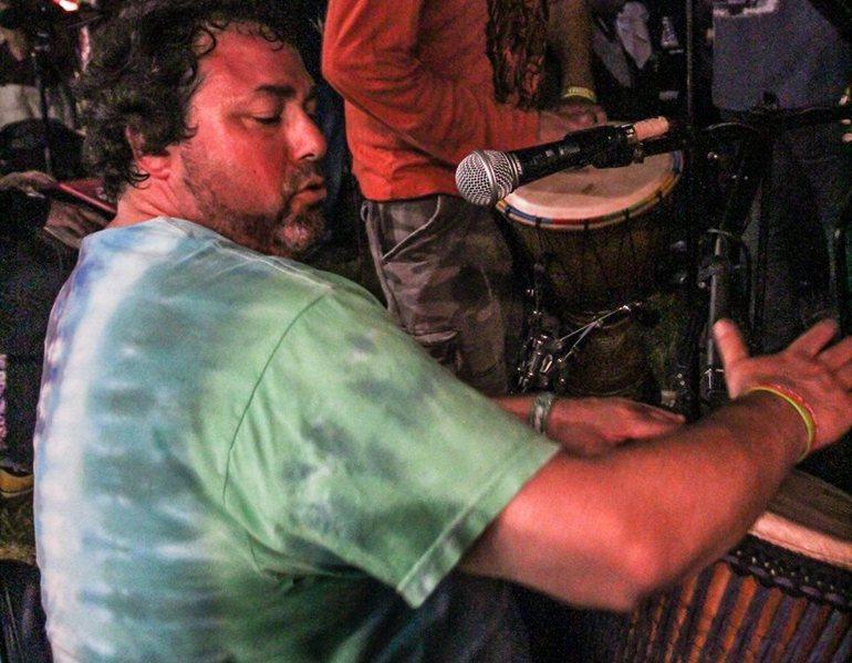 Drummin_at_vibes