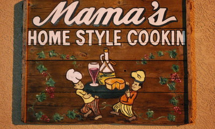 Mama_s_original_wooden_sign