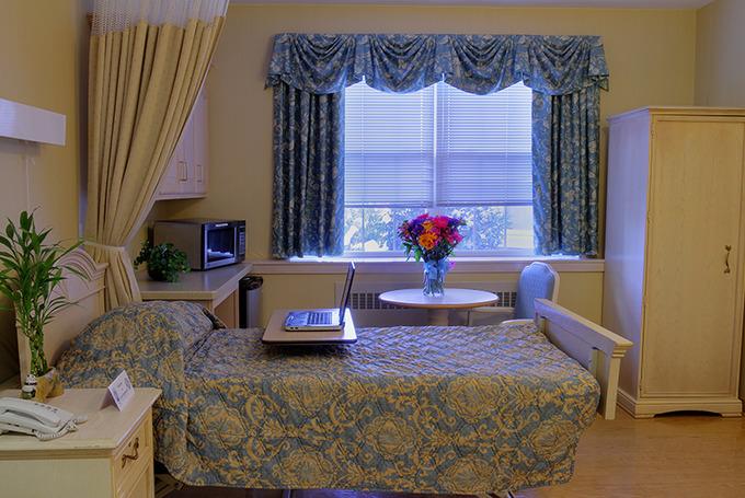 Lc_bedroom