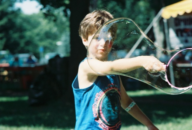 1991_kidsactivity_bubbles
