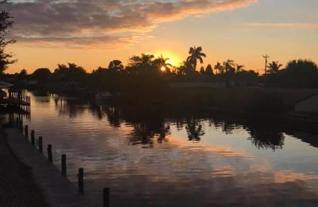 Canal_sunrise