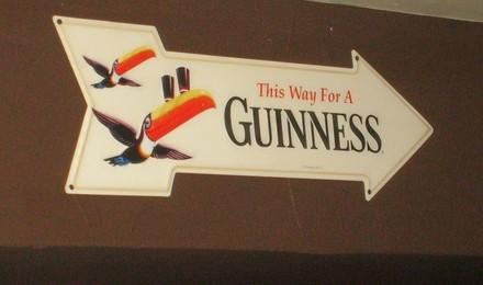 Guinness_sign_1___2_