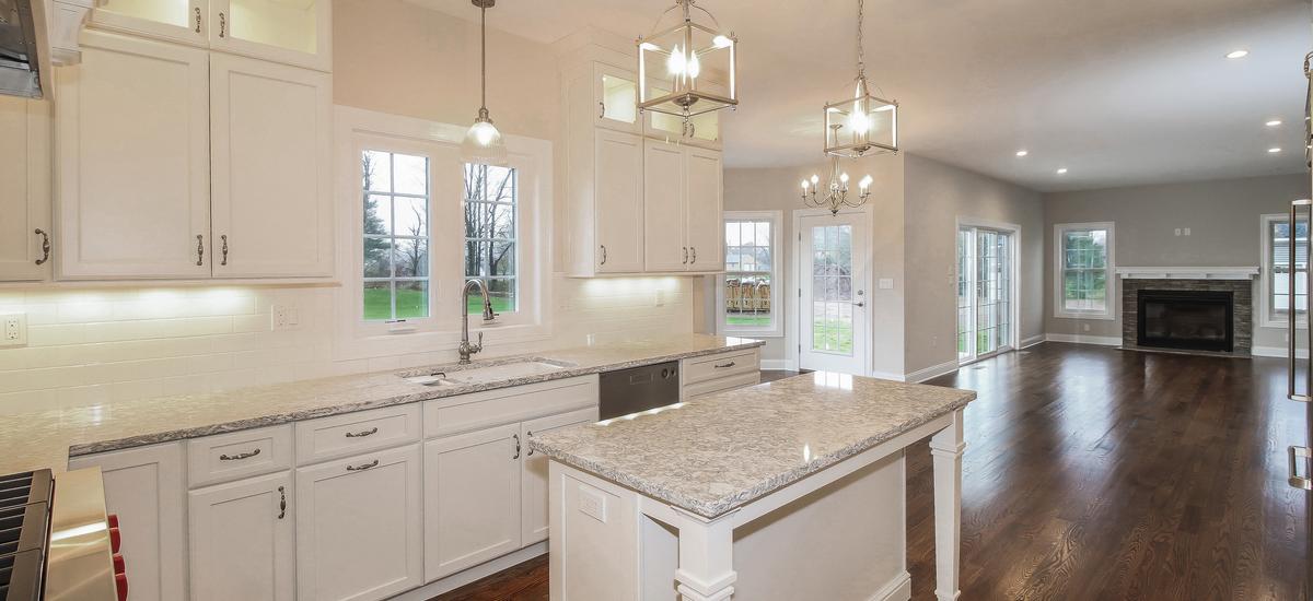 020-kitchen-5076086-medium